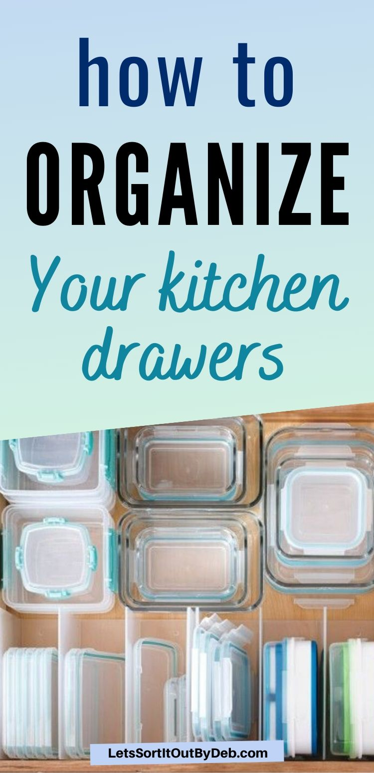 Want to get your kitchen ready for spring? Learn how to organize your kitchen drawers to keep your kitchen drawers neat and organized now! #kitchenorganizing #kitchendrawers #tidykitchenhacks