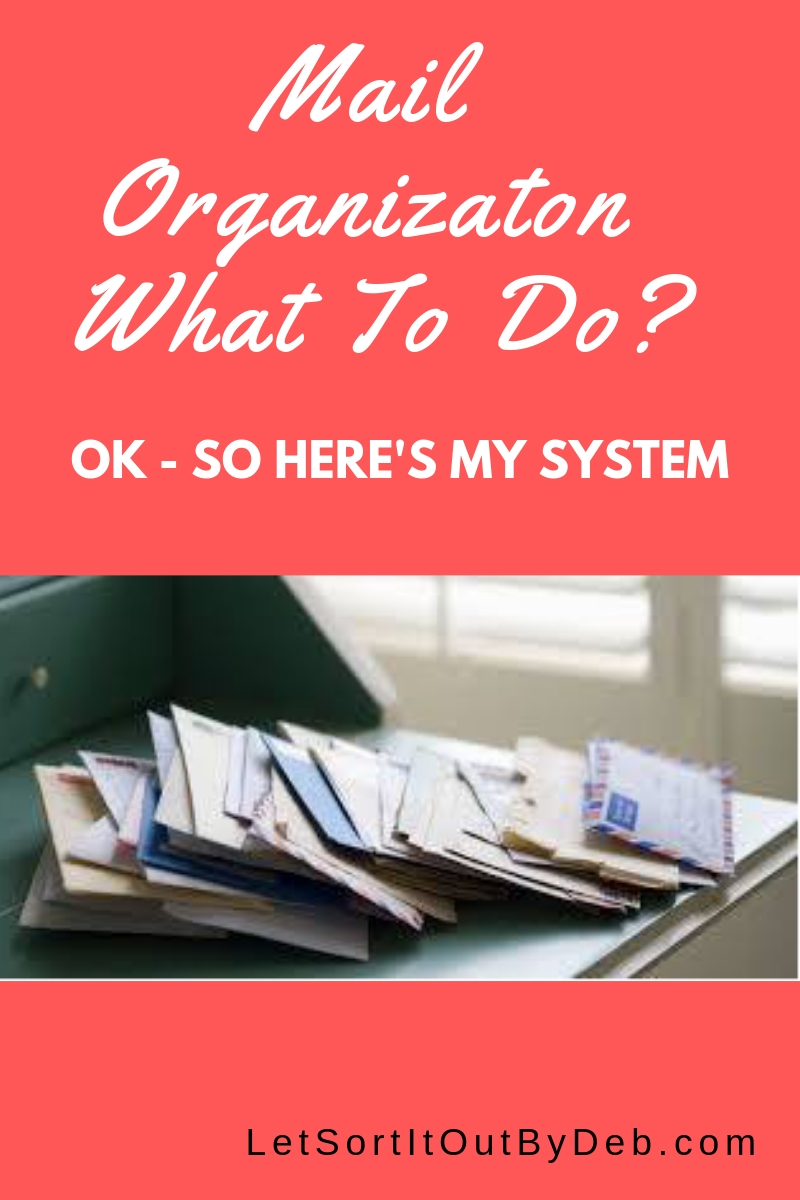 Mail Organization, Mail Systems. Filing Systems. Super simple mail organization system! Take these ideas and get your paper clutter under control for good! #MailOrganization, #PaperClutter, #Routines