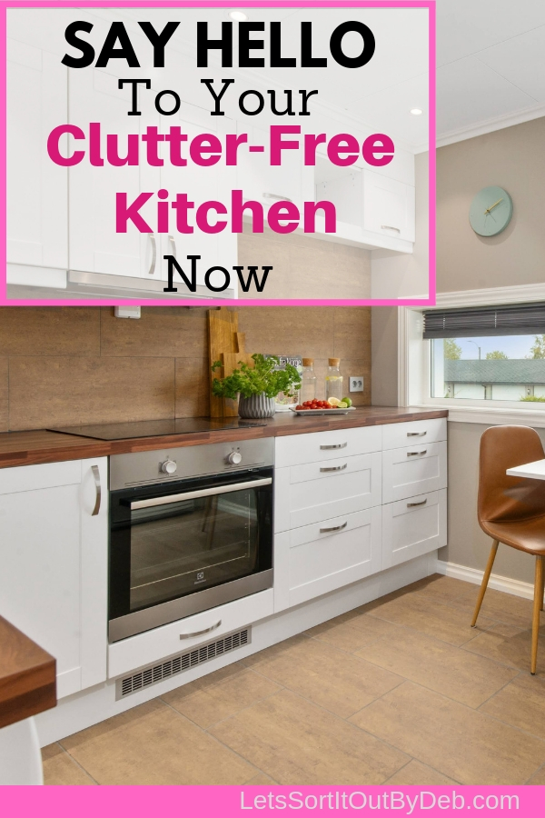 Clutter Free Kitchen and Kitchen Counters